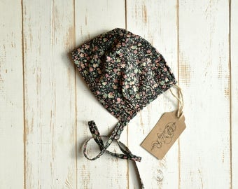 Girls Bonnet Black Floral Print