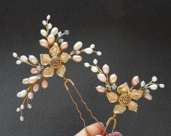 Flower Bridal hair pins, set of Hair Pins, Peach hair pins, Floral gold hairpins, set of pearl pins, wedding hair pins set, floral hair pins