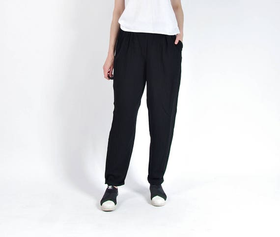 SALE - 80s Black Minimalist Lightweight Viscose Mom Pants / Size L