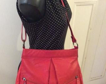 Vintage 80s 90s Red Leather GABEE Australia Hand Shoulder Satchel Bag
