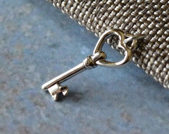 Silver Key Charm,Skeleton Key Charms,Heart and Key Charms,Sterling Silver,Key Bracelet Charms,Small Key Pendant,Silver Charms, One, KP15-046