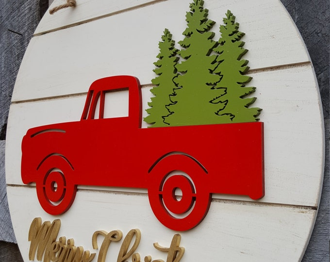 Merry Christmas Door Hanger - Retro Truck Christmas Wreath - Vintage Truck Christmas Decor