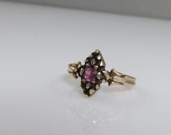Victorian 10k Yellow Gold Ruby Ring.