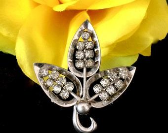 Vintage Czech Republic crystal rhinestone three leaf brooch pin