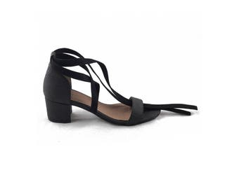 Vegan Shoes Ethical and Eco-Friendly Woman Ankle Strap Sandals made from Piñatex - CLAU BLACK