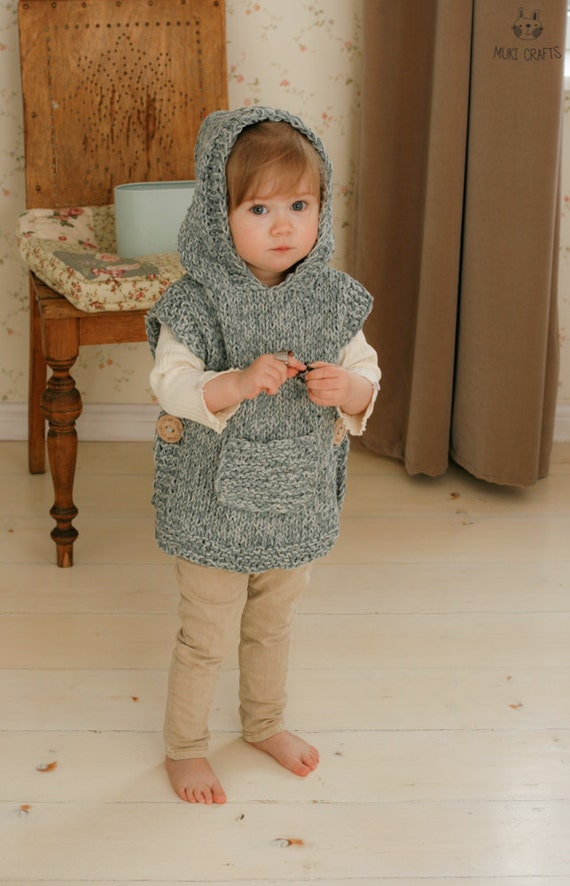 KNITTING PATTERN chunky hooded poncho Phoebe (toddler, child, adult woman sizes)