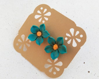 Everyday flower earrings: Bridesmaid proposal gift - Mini flower earrings - Girls flower studs - Cherry blossom earrings - Sakura earrings