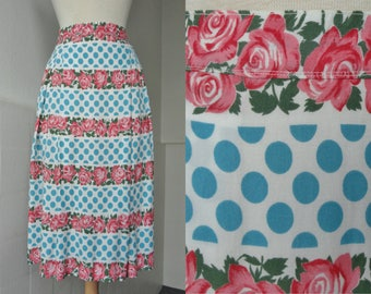 Highwaisted 60s Vintage Skirt // Blue Polka Dots And Red Roses // Handmade // Cotton // Size M