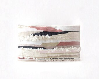 BALANCE Métis weaving handmade cushion, pink Velvet