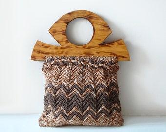 70's Macrame Crochet Brown Chevron Knit and Wood Handle Tote Bag Purse / Bohemian Hippie Chic