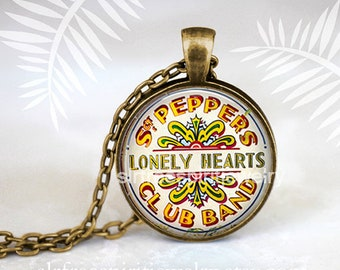 Sargent Peppers Necklace, Lonely Hearts Club Band, Glass Photo Pendant,  Beatles Jewelry, Sargent Peppers, Gift for Beatles Fan