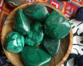 tumbled malachite , large tumbled malachite, loose malachite