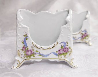 """Victoria Snow Crwon- Hand Painted 5.5"""" Scrolled Letter Holder"""