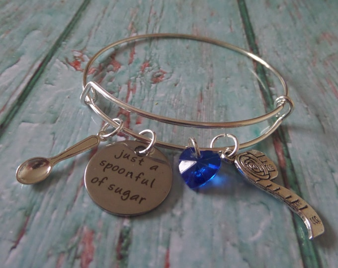 """MARY POPPINS inspired 20mm tag """" just a spoonful of sugar """" 65mm silver tone charm bangle fan gift jewellery xmas Uk"""