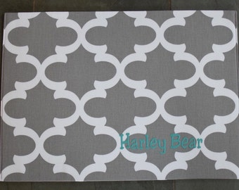 Personalized Grey Puppy Bowl Mat || Water Repellent Pet Placemat Custom Dog Gift || Trendy Quatrefoil Feeding Station || Three Spoiled Dogs
