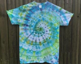 Blue & Green Ice Dye Spiral T-Shirt (M)