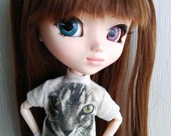 Pullip and Blythe T-shirt: Handmade T-shirt Cat Design