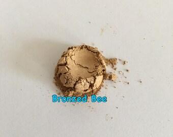 Loose Mineral Eyeshadow in Bronzed Bee