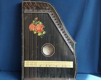 Vintage 1900-10 Fretless Gitar Zither Made in Germany - Black with Rose Design