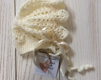 Vintage Lace Crochet Baby Bonnet, White, with ties and ribbon bow