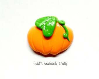 Cold Porcelain Clay Pumpkin Bow Center, Pendant, Clay Charm, Purse Charm, Magnet, Brooch /DIY Fall, Halloween Necklace, Jewelry, Accessories