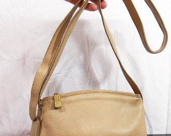 Authentic Vintage ,COACH, Crossbody, Handbag, Cream Beige ,Pebbled leather, Small, Made in USA