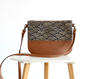 Crossbody leather bag, Clutch Purse, Every day purse, Vegan, Every day bag, Brown
