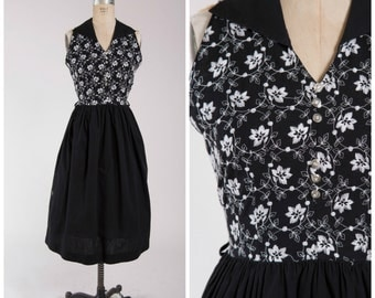 Vintage 1950s Dress • Perfectly Poised • Sleeveless Black Cotton 50s Day Dress with Full Skirt Size Medium