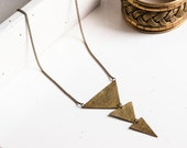 IRIT Triangle Necklace
