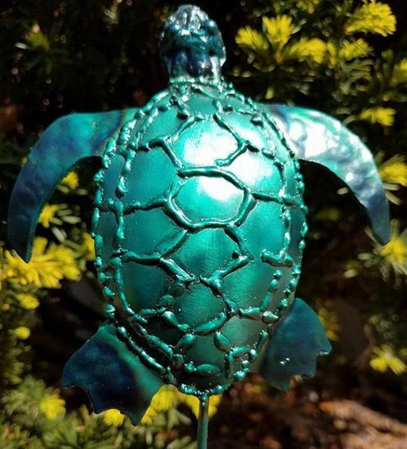 Recycled metal decor, sea turtle garden stake, 18""