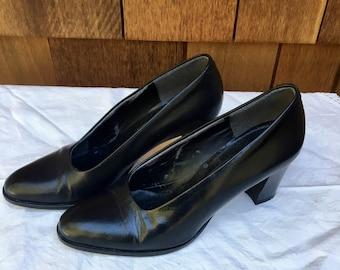 Retro Evan Picone Pumps, Black Heels, Chunky Heel, 1980s, Made in Italy