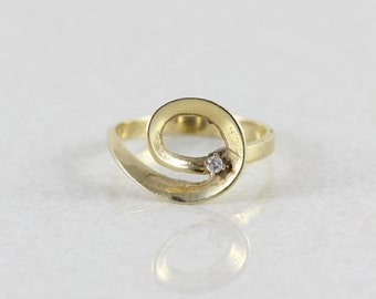 14k Yellow Gold Diamond Ring Size 5 3/4