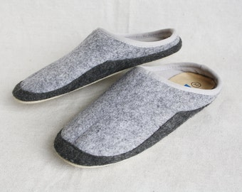Kids felted slippers Wool slippers Felted slippers Gray felt slippers Childrens slippers House shoes Grey slippers House slippers Size 32