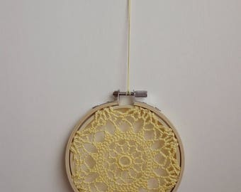 FLOWER BURST - Yellow Crochet Doily Embroidery Hoop - Yellow Crochet Suncatcher - Doily Embroidery Hoop - Crochet Decor - Crochet Suncatcher