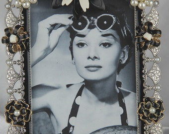 Black and White Vintage Jeweled Picture Frame All Occasion Gift