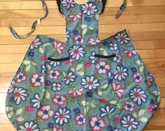 Vintage 1940s Floral Cotton Full Apron!
