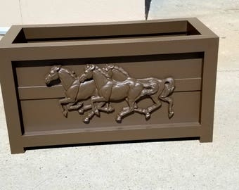 Aluminum Planter. Outdoor Aluminum Planter.  Outdoor Aluminum Trough. Planter Trough. Horses. Powder Coated. Handmade. Planter. Planter.