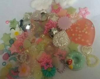 Rainbow heart Decoden / embellishment bundle