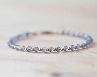 Labradorite Bracelet with Rose Gold Fill, Delicate Stacking Grey Gemstone Bracelet, Beaded Labradorite Jewelry, Rose Gold Fill Bracelet