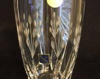 Crystal vase, Bohemia 24% lead crystal vase, Hand cut crystal vase, Czech crystal vase, Etched crystal vase, Scalloped crystal vase