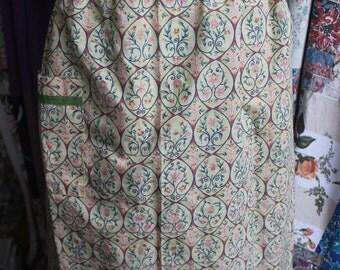 Floral apron REF469