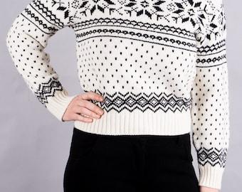 Patterned vintage sweater - Turtleneck Sweater - knit Pullover - Sweater short - 90 s vintage - vintage 1990 - winter sweater - cozy