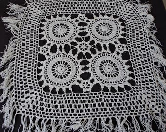 Vintage French hand crochet white cotton doily (04773)