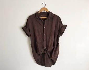 Vintage Chocolate Brown Faded Worn Linen Camp Shirt Womens Short Sleeve Oversized Button Up Boyfriend Shirt 90s Minimal