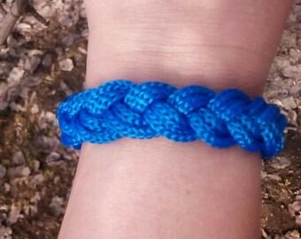 Blue Summer Bracelet, Beach Cord Bracelet, Braided Cool Bracelet, Tropical Bright Bracelet, Turks Head, Sailor Bracelet, Vacation Bracelet