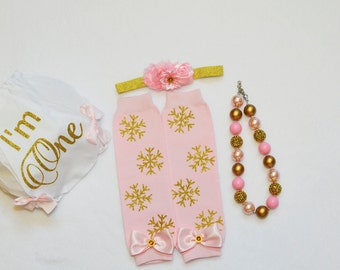 Winter Onederland outfit,pink gold snowflake,1st Birthday Diaper Cover,I'm One bloomer,Pink and Gold necklace,Cake Smash outfit girls