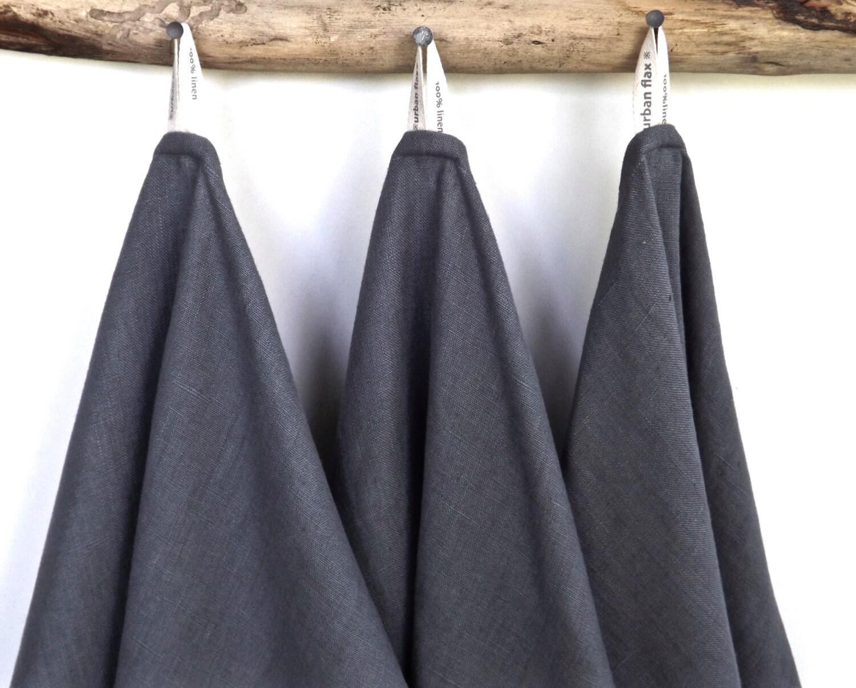 dark grey linen towels 3 grey kitchen towels grey tea by. Black Bedroom Furniture Sets. Home Design Ideas