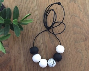 Monochrome bead necklace. gift for her. statement necklace. large bead necklace .bold necklace. Chunky bead necklace. Big bold jewellery
