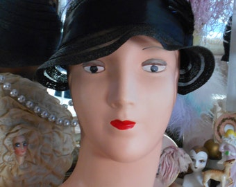 Beautiful 1930's Black Horsehair Slouch Hat