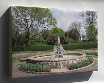 Canvas 16x24; Howard Davis Park Fountain Jersey